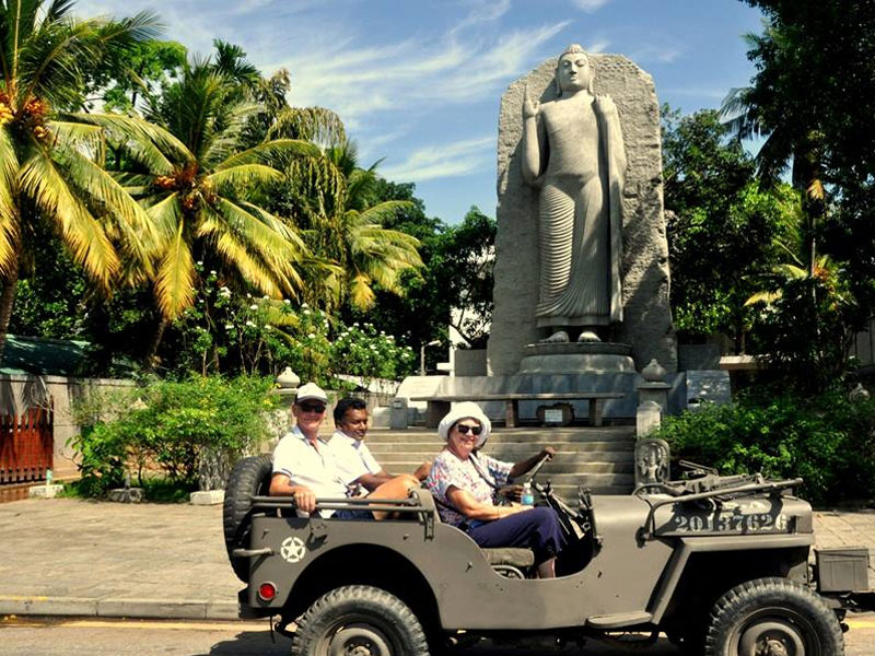 Things to do in Mirissa, Mirissa Whale Watching, Safaris in Yala, Safaris in Udawalawe, Colombo By Jeep, Rain Forest Trails, Sailing trips, Sinharaja trekking